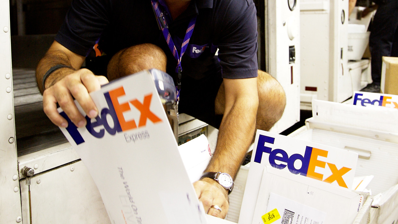 FedEx - Công ty chuyển phát nhanh quốc tế của năm