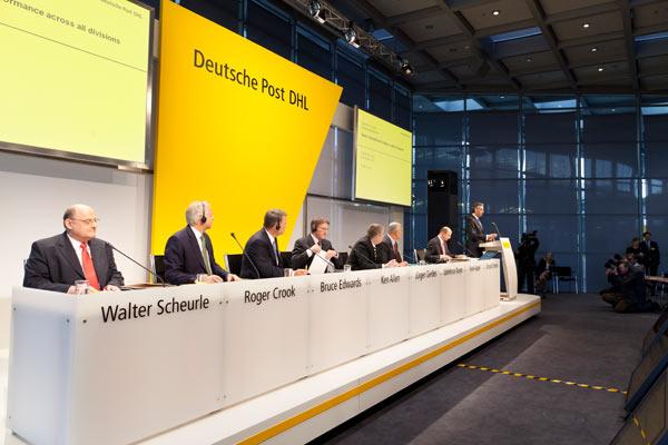 Công ty chuyển phát nhanh DHL tăng cường lợi nhuận trong quý III