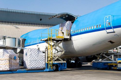 Vận chuyển hàng hóa từ nước ngoài về Việt Nam