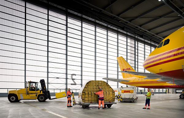 DHL tăng cường dịch vụ nhập khẩu nhanh trên toàn cầu
